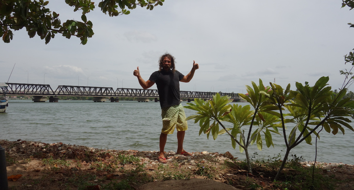 Adult Guide in Trincomalee